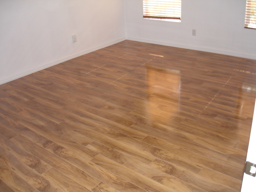 Laminate flooring laminate flooring closeout prices for Laminate flooring clearance