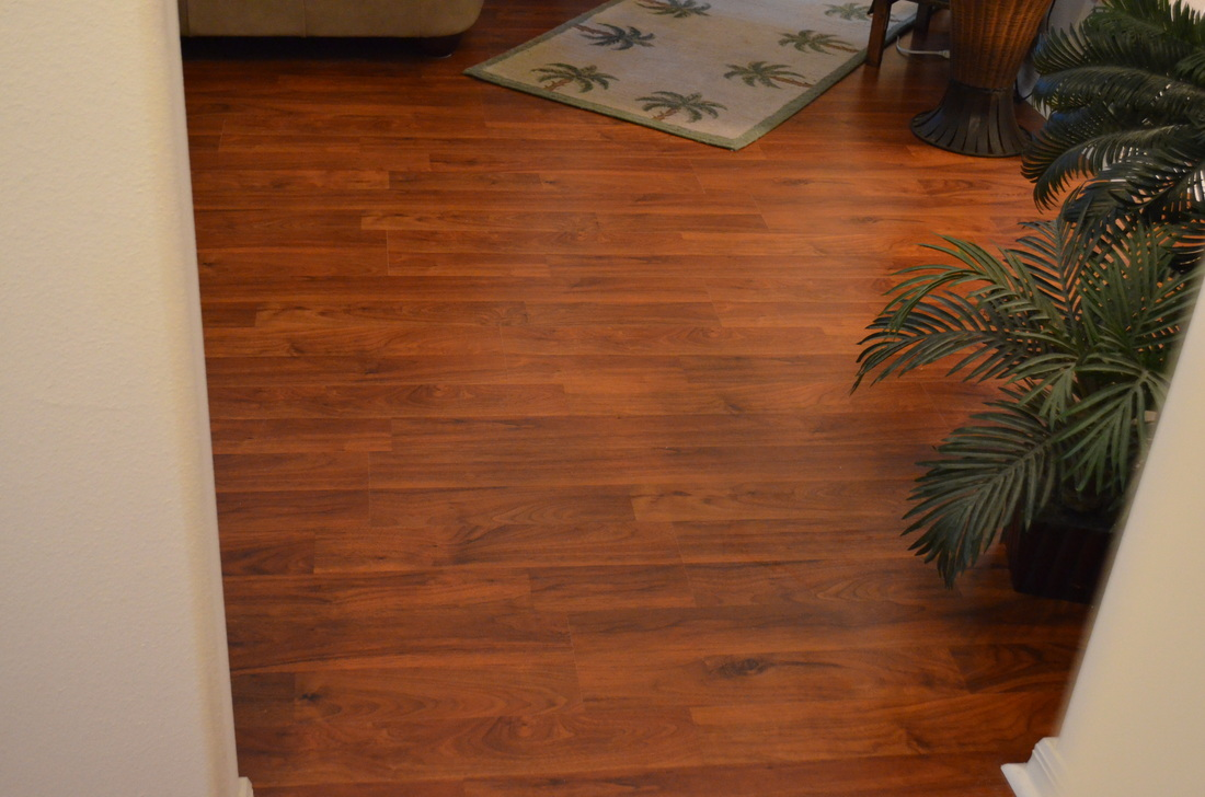 GREAT DEAL Laminate   8mm 25 Yr Laminate Floor MADE IN GERMANY
